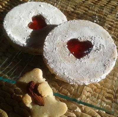 Sablés confiture de fraise sans gluten, sans lait, sans œufs