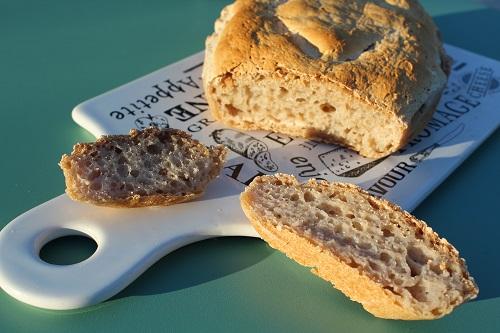 Recette facile de pain sans gluten au levain, très moelleux, sans machine à pain...